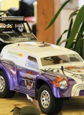 US_Cars_2_Ford_Sedan